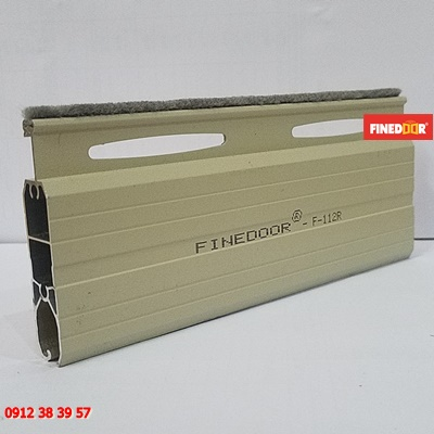 Mẫu lá cửa cuốn Nhôm Finedoor F-112R
