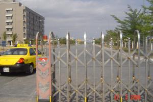 Sửa chữa cổng xếp tự động