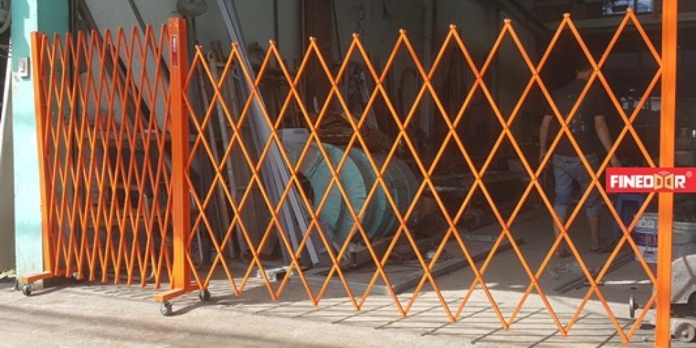 Mẫu hàng rào xếp di động chữ T